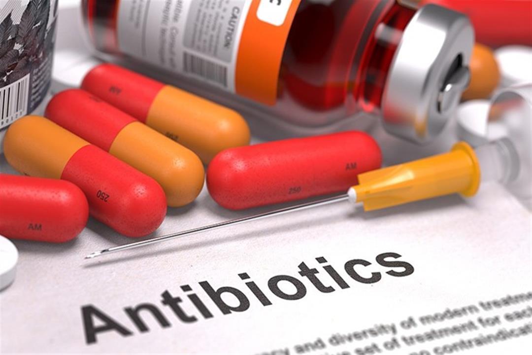 دراسة تحذر من تناول جرعات كبيرة من المضادات الحيوية