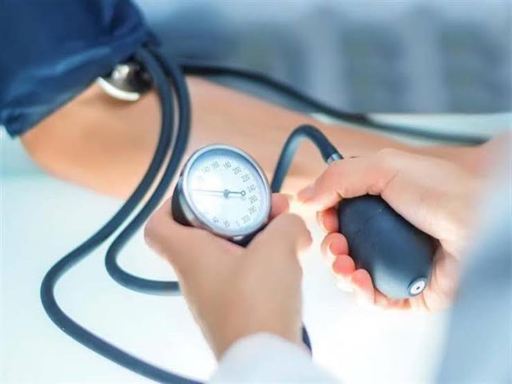هذه العلامة بأنفاسك تحذر من وصول ضغط الدم إلى مستويات حرجة