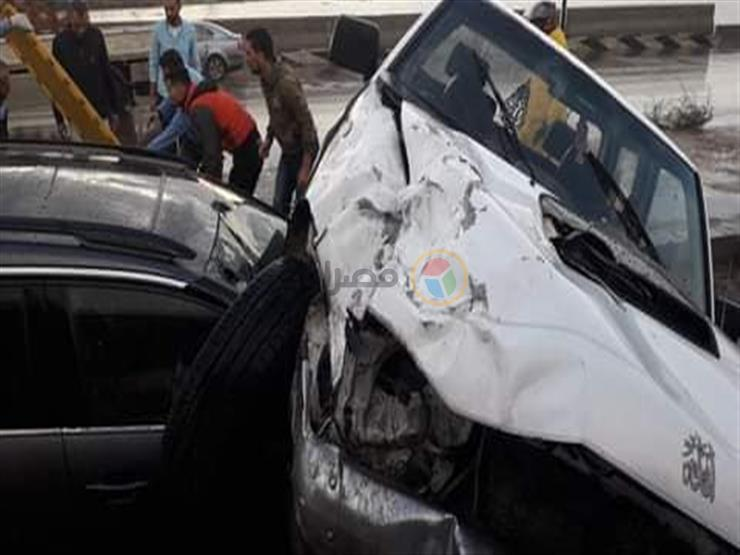 إصابة 5 أشخاص في حادث تصادم بسوهاج