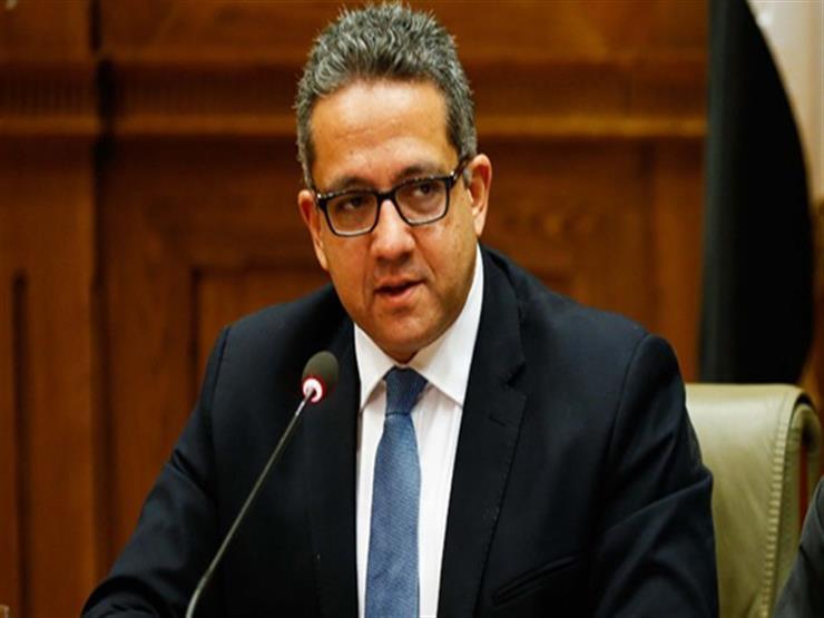 """""""دهاليز لمقابر جماعية"""".. وزير السياحة والآثار: """"كشف سقارة لم ينته وكلها بأيادٍ مصرية"""""""