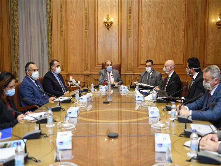 وزير الإنتاج الحربي يبحث مع شركة صربية تطوير التعاون المشترك