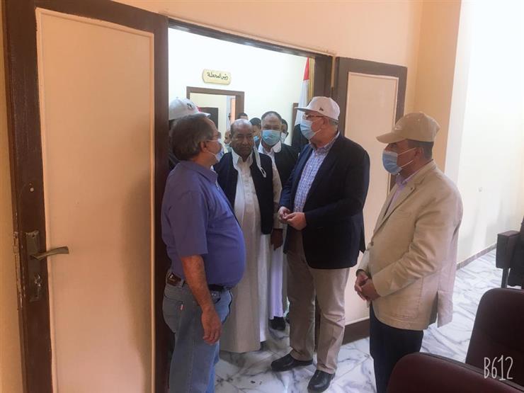 وزير الزراعة ومحافظ مطروح يفتتحان المبنى الإداري لمحطة بحوث سيوة