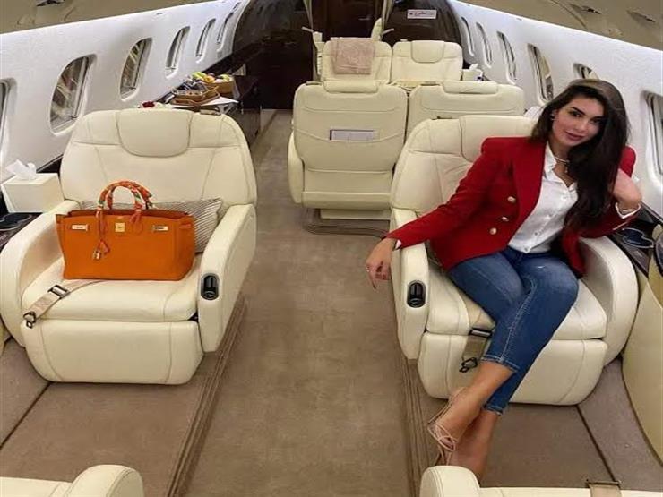 ياسمين صبري تخطف الأنظار بإطلالة كلاسيكية.. وهذا سعر حقيبتها