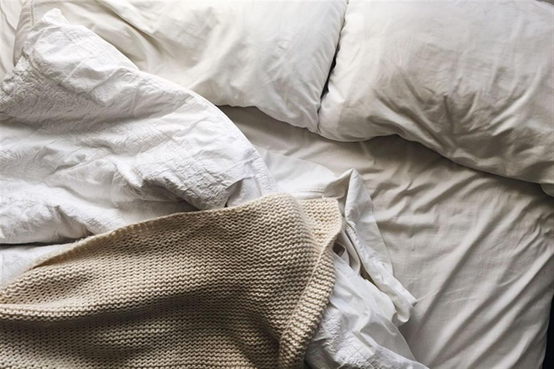 احذر الملاءات المتسخة.. هذا ما يحدث لجسمك عند النوم عليها