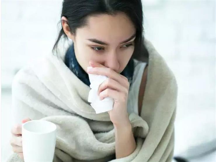 منها الكسل.. عادات نفعلها في الشتاء تزيد احتمالات الإصابة بكورونا