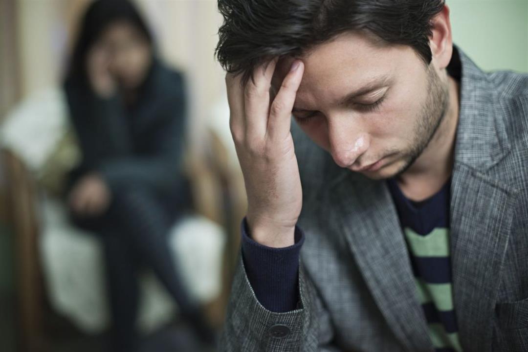 5 أمراض يخفيها الرجال عن زوجاتهم.. هل تستدعي الشعور بالإحراج؟