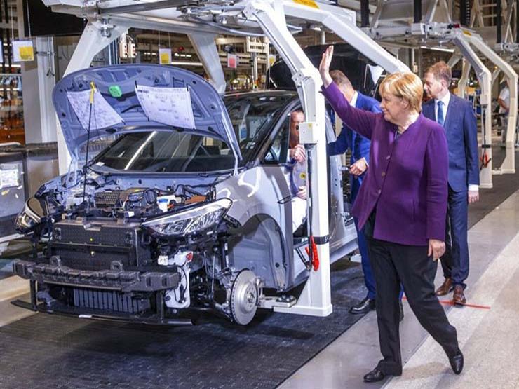 مستشارة ألمانيا: معيار يورو7 للعوادم خطر كبير على صناعة السيارات الأوروبية