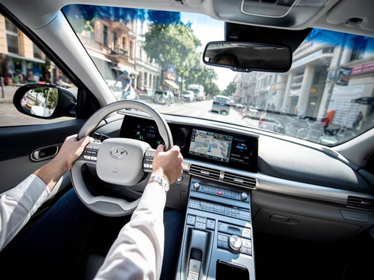 حتى القديم منها| المساعد الصوتي يغزو عالم السيارات.. كيف يمكن التزود بها؟