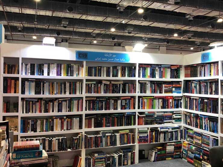 """تأجيل معرض الكتاب.. بين """"كورونا"""" وأزمة دور النشر"""