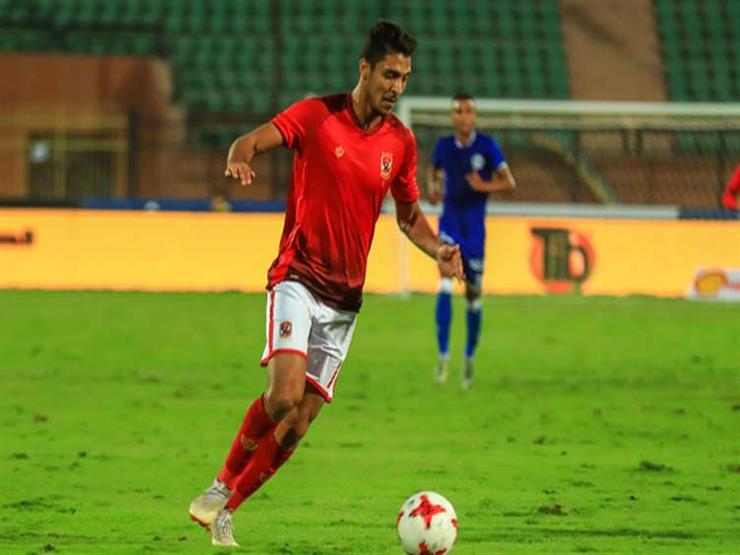 لاعب الأهلي يعلن إصابته بفيروس كورونا