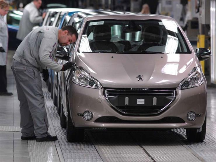 إغلاق كورونا الثاني بفرنسا يتسبب في تراجع حاد بمبيعات السيارات