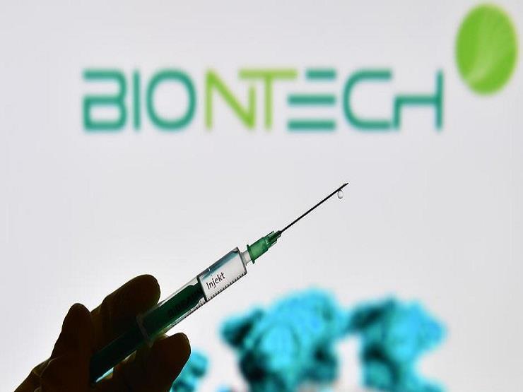بيونتك: اللقاح يحمي من الإصابة بعدوى شديدة من كورونا وقد يجنب ضرورة الحصول على جرعة ثالثة