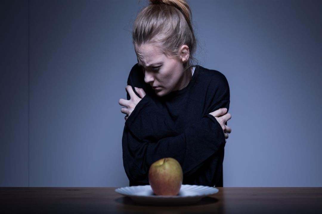 رفض الطعام رغم الجوع.. 6 علامات تنذر بالإصابة بفقدان الشهية العصبي