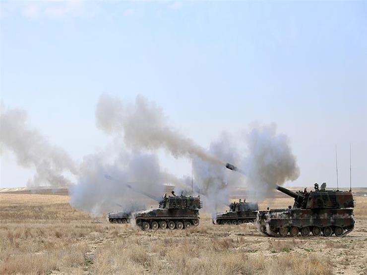 المرصد: القوات التركية تقصف محيط مخيم للنازحين في حلب