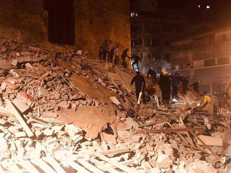 انهيار عقار مكون من 4 طوابق بالإسكندرية ورفع الأنقاض بحثًا عن ضحايا