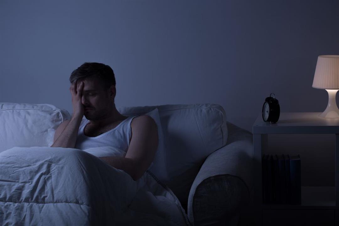 الاستيقاظ في منتصف النوم يستدعي زيارة الطبيب.. 7 أمراض يكشف عنها
