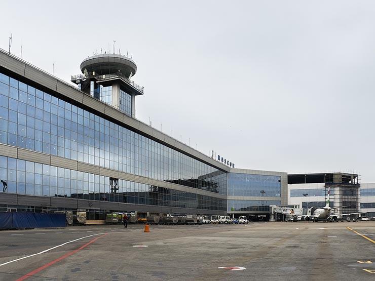 تعليق أكثر من 150 رحلة جوية في مطارات موسكو بسبب الأمطار