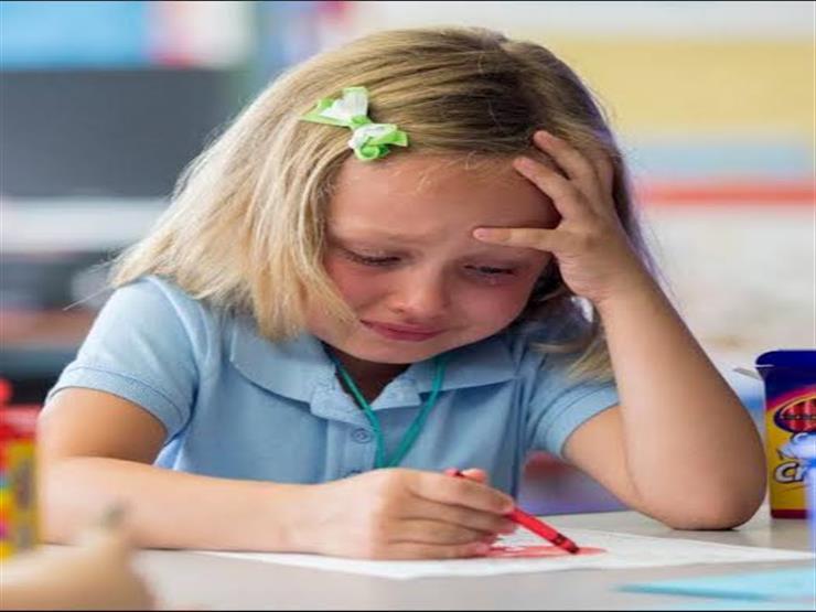 لا تنزعج أو تطلب من طفلك التوقف عن البكاء.. لـ5 أسباب