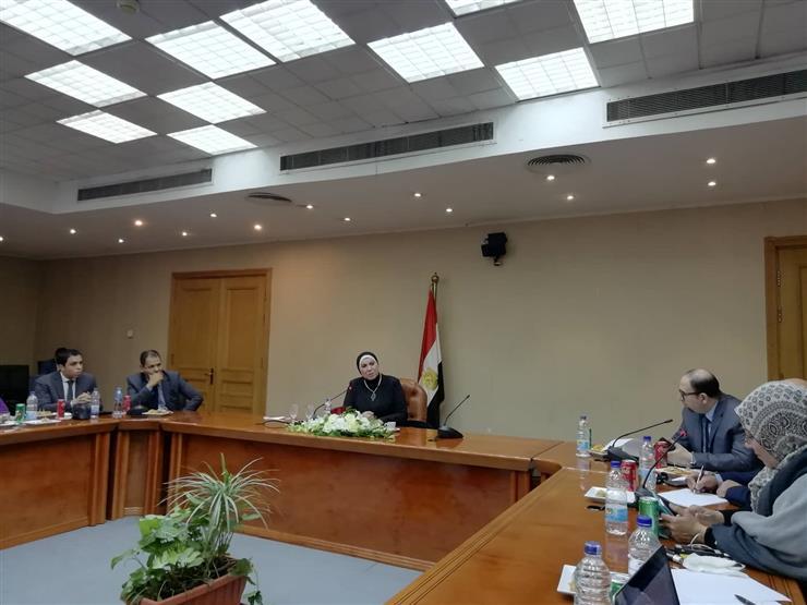 نيفين جامع: الوزارة تراجع جميع اتفاقيات التجارة الموقعة في السنوات الماضية