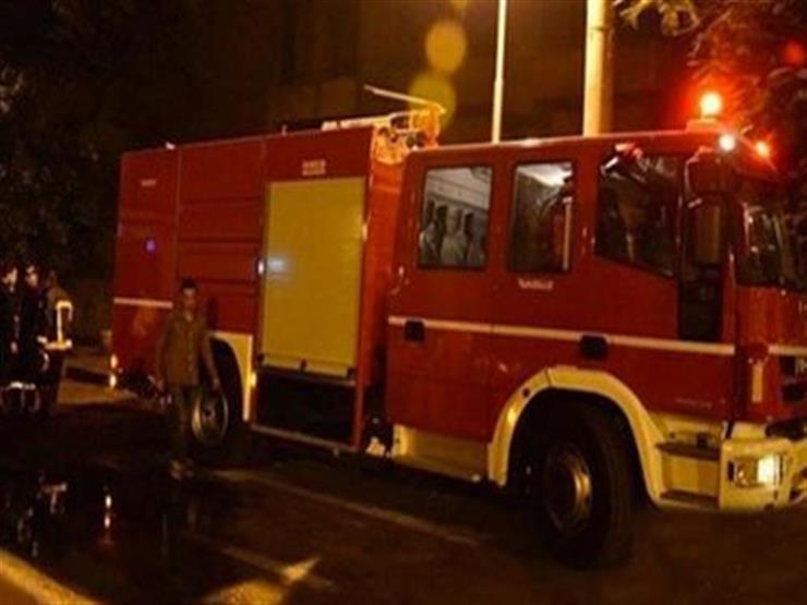 """3 سيارات إطفاء لإخماد حريق """"كابينة دوكو"""" في أبو النمرس"""