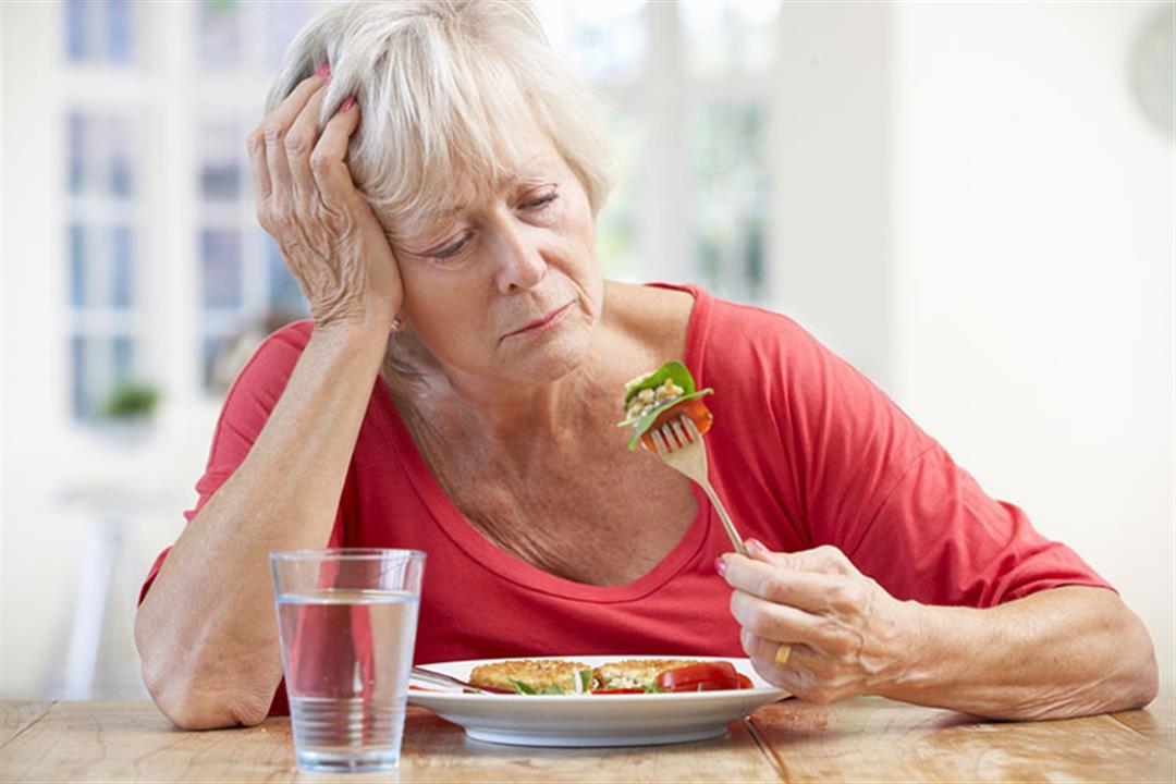 انقطاع الطمث.. أعشاب طبيعية تساهم في تخفيف حدة الأعراض