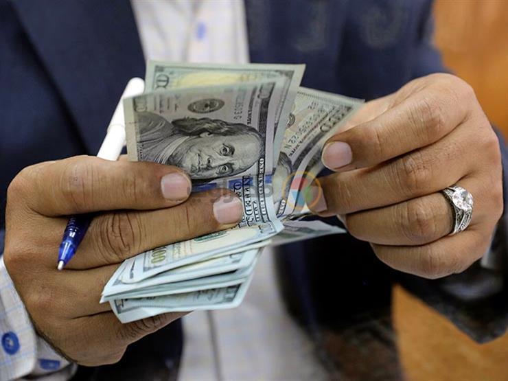 أسعار الدولار مقابل الجنيه في 11 بنكا مع بداية تعاملات اليوم الأحد