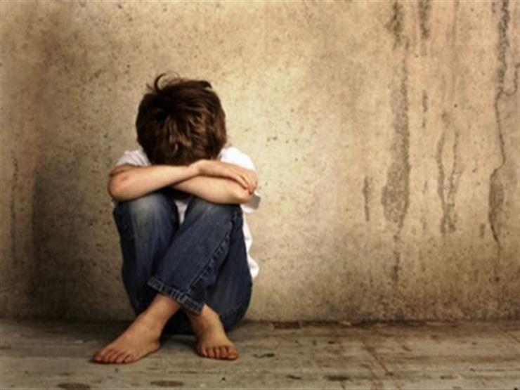 أثناء محاولته هتك عرض طفل.. ضبط عامل متهم بفعل فاضح في الدقهلية