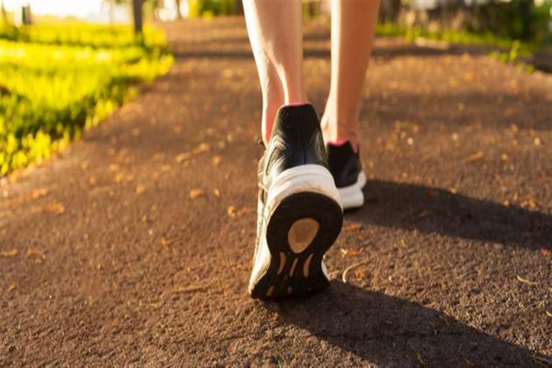 ما عدد الخطوات التي يجب أن يمشيها الإنسان يوميًا؟.. طبيبة قلب تكشف