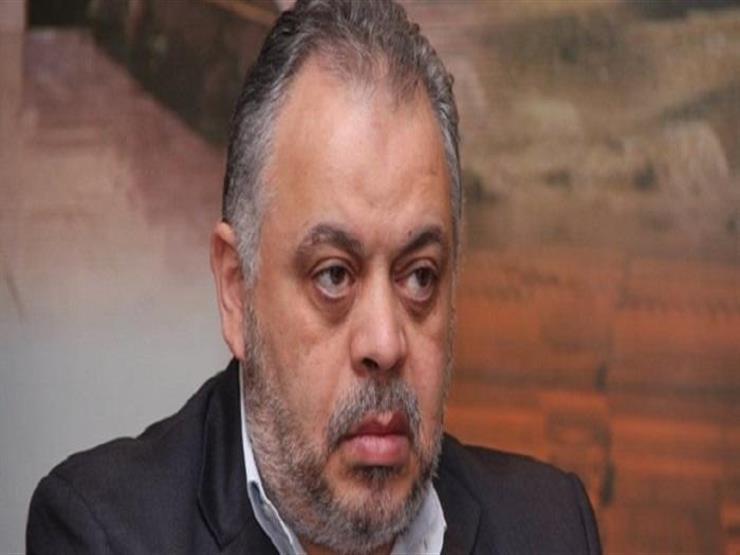 """أشرف زكي ردا على مهاجمي الفنانين بسبب حسن حسني: """"ماحدش وصي علينا"""""""