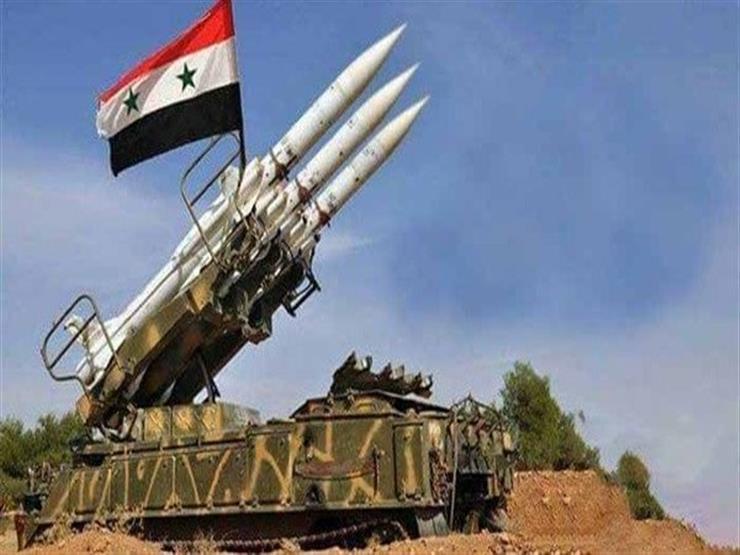 الدفاعات الجوية السورية تتصدى لأهداف في سماء دمشق