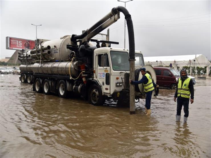 """""""مياه المنيا"""": الدفع بـ100 مُعدة لسحب الأمطار"""