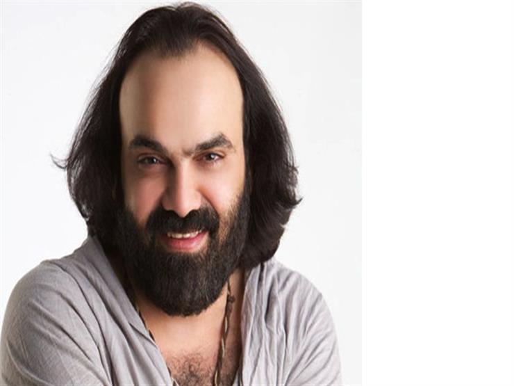 أبو الليف ينفي خلافه مع أيمن بهجت قمر