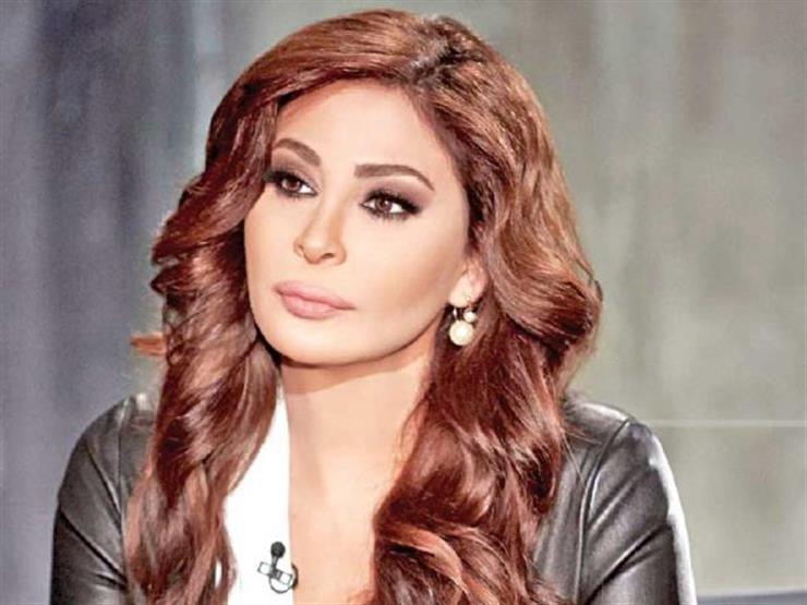 """إليسا تنتقد الحكومة اللبنانية بسبب كورونا: """"نحنا بمنطقة موبوءة"""""""