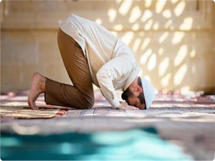 حكم المسح على الكمامة وجمع الصلوات.. أحدث 7 فتاوى بسبب كورونا