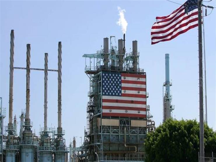 عقود النفط الأمريكي تسليم يونيو تهبط 38% وتسجل 12.58 دولارًا للبرميل
