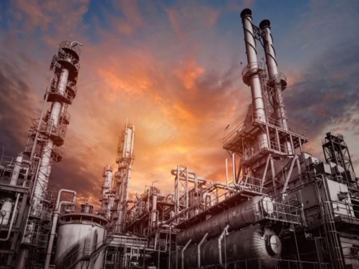 سعر البترول الأمريكي يقفز 15% في بداية تعاملات اليوم