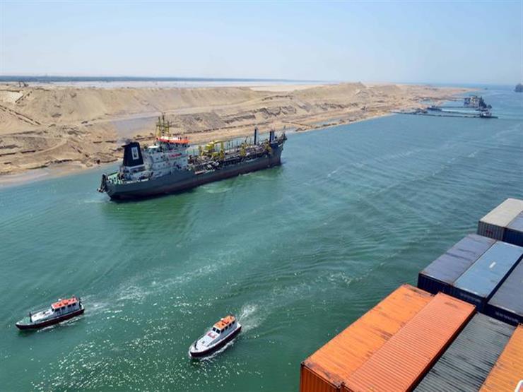 الحكومة تنفي تراجع إيرادات قناة السويس تزامنا مع اتخاذ السفن مسارات بديلة
