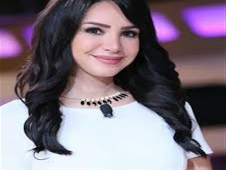 بعد تصدر اسم زوجها للتريند.. إنجي علاء توجه رسالة ليوسف الشريف