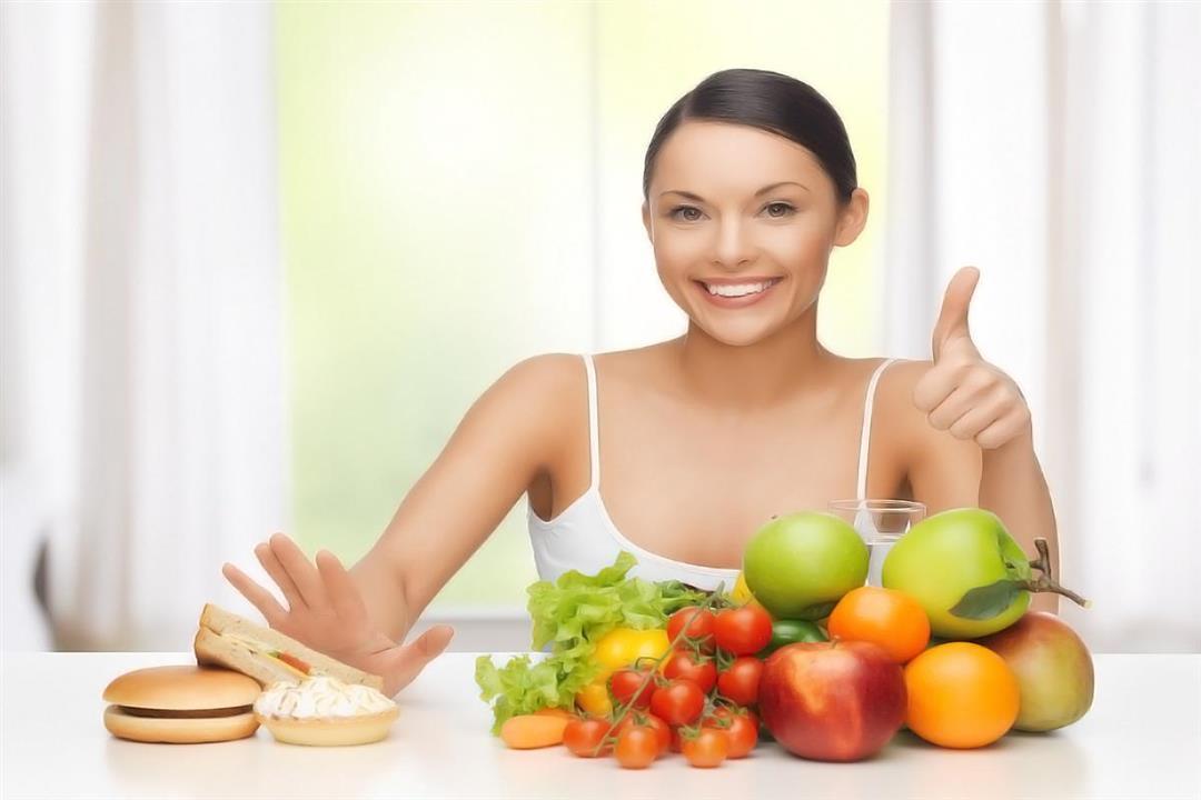 للوقاية من كورونا.. 8 عادات غذائية صحية التزم بها أثناء العزل المنزلي
