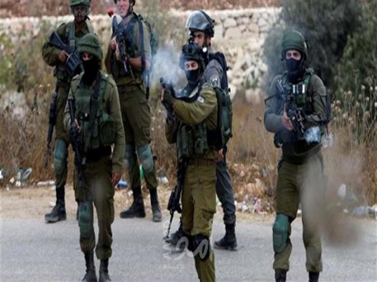 إصابات بالاختناق خلال اقتحام الاحتلال الإسرائيلي لبلدة فلسطينية