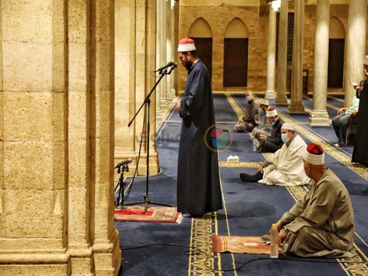 التراويح وموائد الرحمن.. الحكومة تعلن إجراءات احترازية جديدة في رمضان (بيان رسمي)