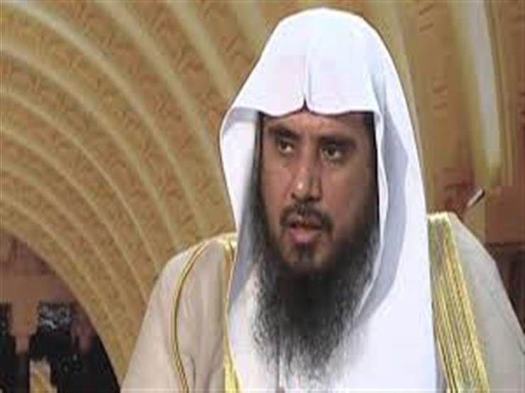 داعية سعودي: يجب إعلام الفقير بأن ما يأخذه من أموال الزكاة في هذه الحالة