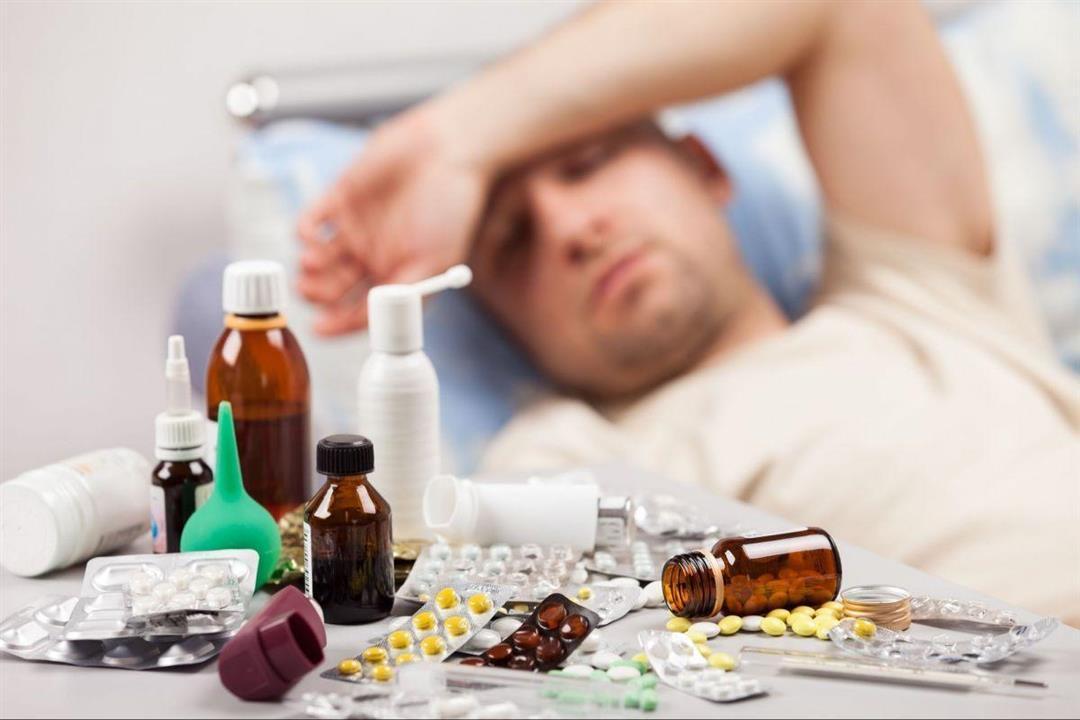 أستاذة أمراض صدرية تحذر من التوقف عن علاج كورونا بزوال الأعراض