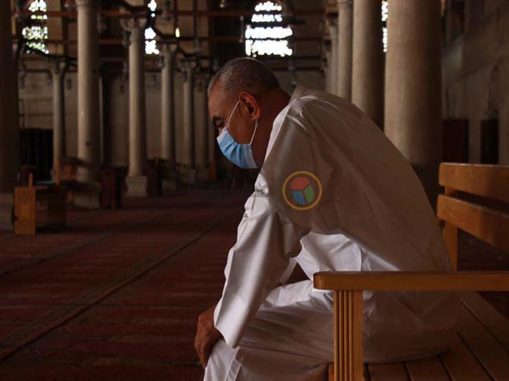 """داخل وخارج المسجد.. أحبة """"عمرو بن العاص"""" تلبي نداء اليوم الأول لعودة الصلاة (بالصور)"""