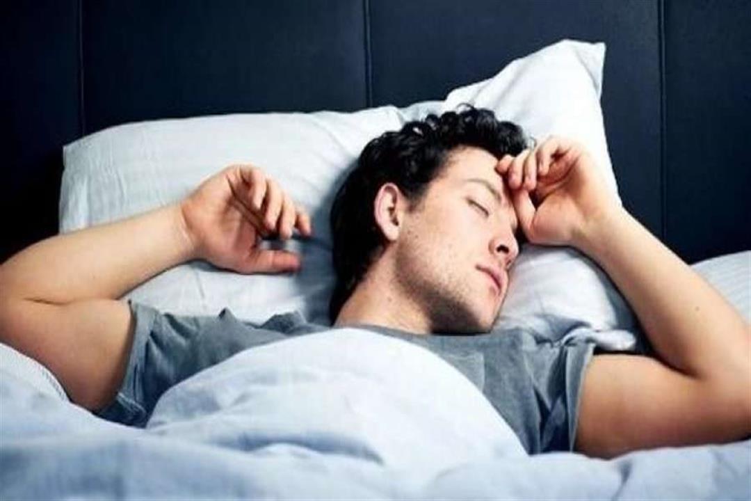 حالتك المرضية تخبرك بوضعية النوم المناسبة لك.. كيف ذلك؟