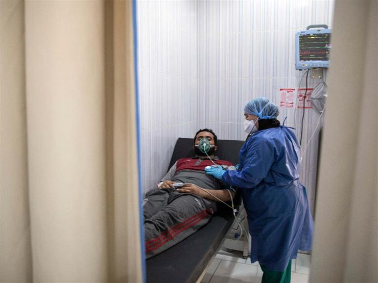 """رحلة البحث عن سرير لمريض """"كورونا"""".. مشقة قد تنتهي بوفاة (تقرير)"""
