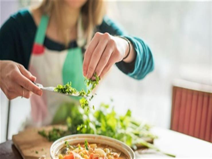 احذر.. 9 أخطاء أثناء الطهي تهددك بمخاطر صحية