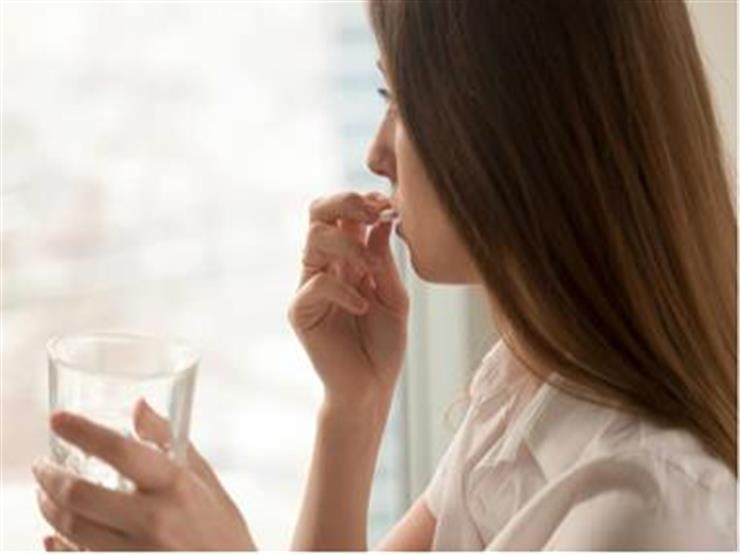 علامات في مزاجك قد تكشف  نقص فيتامين ضروري لجسمك