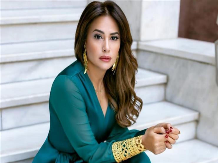 تركت المحاماة من أجل الفن وزوجها لا يشاهد أعمالها.. 15 معلومة عن هند صبري