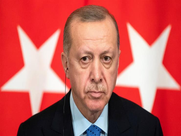 استقالة حليف تاريخي لأردوغان من منصبه مستشارًا رئاسيًا